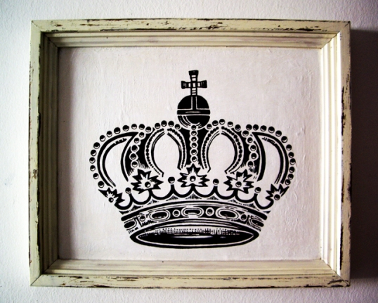 New series of black and white antique style crown